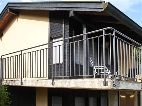 Balkongeländer Mit Treppe by 220 Ber 1 000 Ideen Zu Gel 228 Nder Balkon Auf