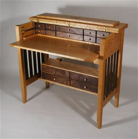 fly tying desks selection options