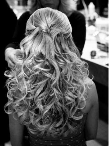 wedding hair half up tutorial wedding hairstyle the half up do tutorial it