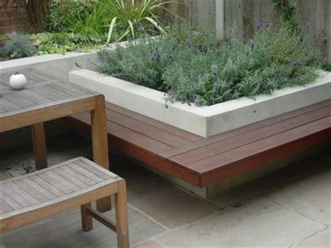 concrete block bench concrete block raised garden bench home pinterest gardens raised beds and
