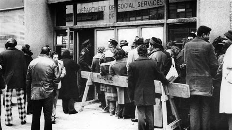 Unemployment Office Nyc by America S War Cnnpolitics