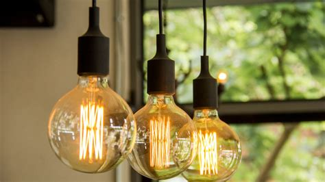 how to hang pendant lights how to hang pendant lights or a chandelier realtor 174