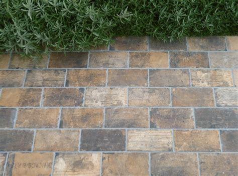 chicago state street 4x8 reclaimed brick look porcelain tile