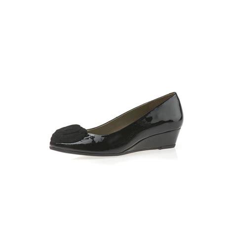 gabriel black patent suede wedge shoe