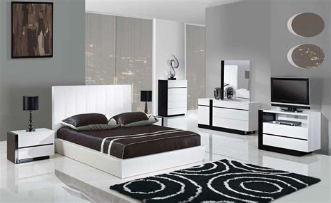 White Contemporary Bedroom Sets by White Modern Bedroom Sets 1 Alert Interior Simple And