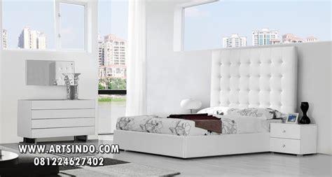 Tempat Tidur Elegan tempat tidur minimalis putih elegan arts indo furniture jepara arts indo furniture jepara