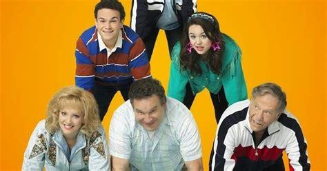 goldbergs tv show cast the goldbergs season 2 cast promotional photos spoilers