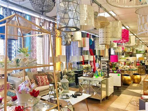 Home Decor Outlet Stores by 3 Top Shelf Budget Friendly Home Decor Shops