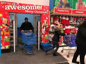 target black friday rocky hill shoppers head out for deals on thanksgiving night wistv
