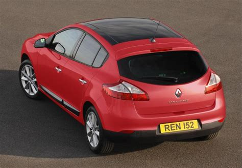 renault christmas twelve cars of christmas renault megane number 11