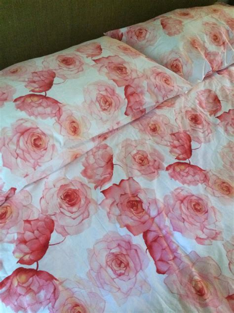 How Many Yards Of Fabric For Duvet king bedding pink roses duvet cover and shams by hillsidehouse