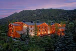 jackson wy hotels book the lodge at jackson in jackson hotels