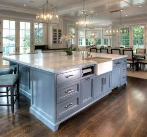 large kitchen island thenhhouse
