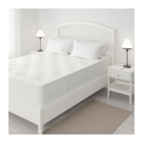 Aireloom Vitagenic Mattress Reviews by Aireloom Mattress Review Loom U0026 Leaf Mattress Side