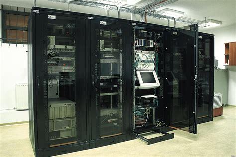 server schrank zetbox gmbh der spezialist f 252 r serverschrank technik