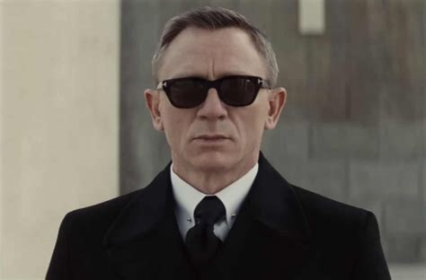 tom ford bond sunglasses the best bond sunglasses of all time the idle