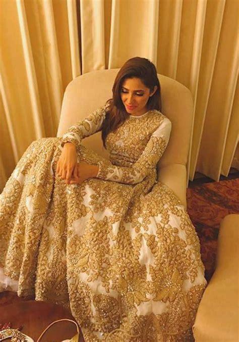 Mahira Maxy happy birthday mahira khan 7 times the raees slayed