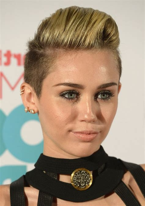 flo hawk hairstyles miley cyrus short spiked fauxhawk for girls styles weekly