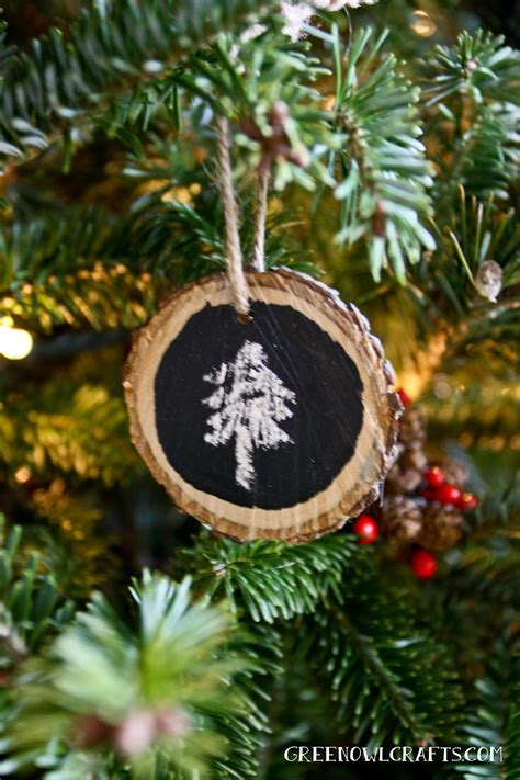 50 diy christmas ornaments turning the x mas tree into a