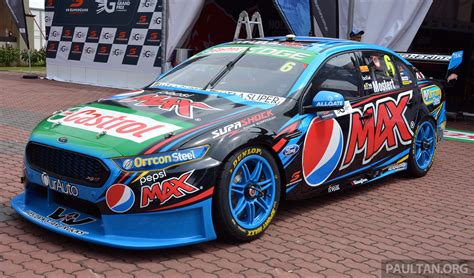 gallery aussie  supercars  town  kl city gp