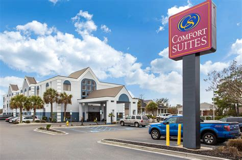 pet friendly hotels in bald head island nc us comfort suites in southport nc 28461 chamberofcommerce com