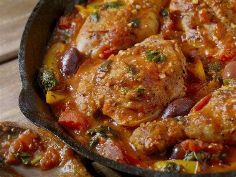 pollo cucina pollo alla cacciatora in due varianti la cucina italiana