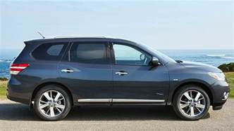 Nissan Pathfinder Hybrid Review Nissan Pathfinder Hybrid St 2015 Review Carsguide