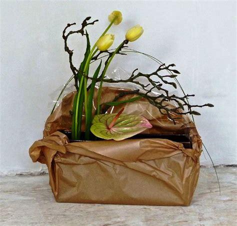 come confezionare un mazzo di fiori come confezionare fiori e piante ieri oggi in cucina