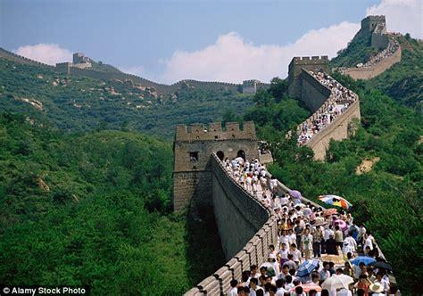 Buku Impor Great Wall China Against The World 1000 Bc Ad 2000 on destroying great wall of china brick by brick daily mail