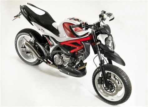 Suzuki Gladius Top Speed Suzuki Gladius Concept Brings A Supermoto Feel News