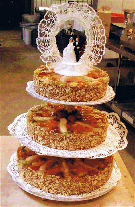 hochzeitstorte obst torten kuchen und hochzeitstorten konditorei friedrichshafen