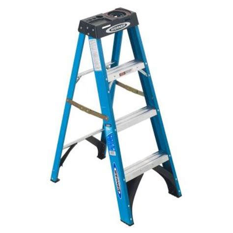 werner 4 ft fiberglass step ladder with 250 lb load capacity type i duty rating fs104 the
