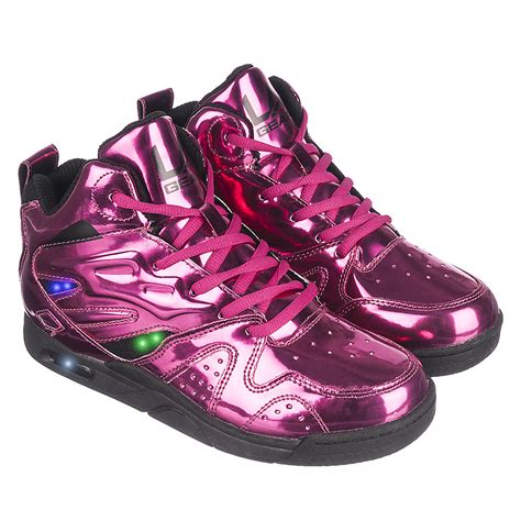 trendsetter shoes iconic brand l a gear into the children s footwear