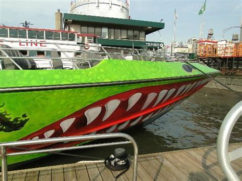 speed boat rental nyc the beast speedboat ride video of beast speedboat ride