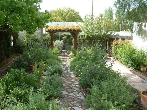 old style italian garden gardening ideas garden style apartment home design