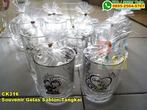 souvenir gelas sablon tangkai souvenir pernikahan