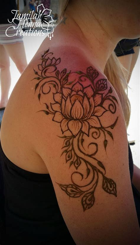 lotus henna tattoo lotus shoulder henna www jamilahhennacreations henna