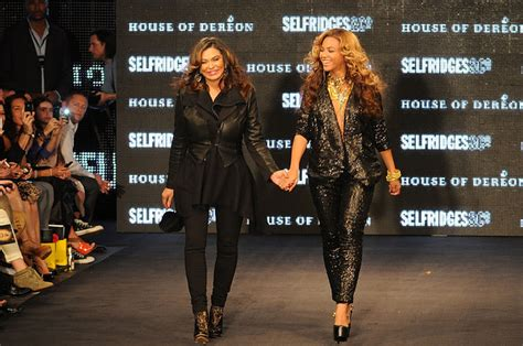 read tina knowles lawsons letter to beyonce solange and drop everything and read this letter tina knowles lawson