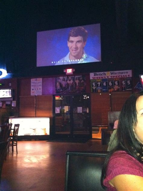 bench warmers sports grill chillin yelp
