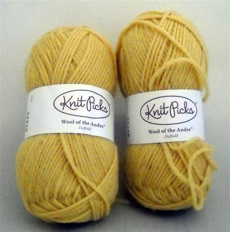 knit picks wool of the andes knit picks yarn wool of the andes 110 yd 50 gram lot