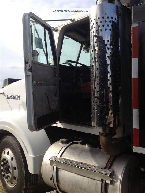 marmon  yd steel dump bed air ride wac dump truck