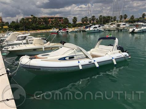 nuova jolly king 750 cabin gommone nuova jolly king 750 cabin yamaha yf150 150 hp