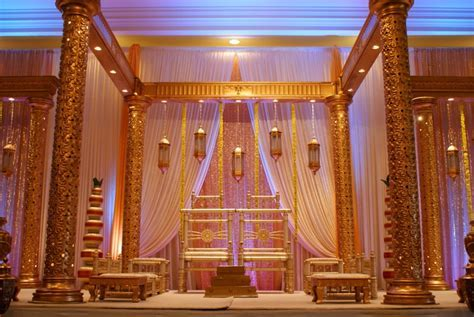 Dulhan Mandap   Toronto Indian Wedding and Reception Décor