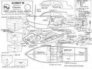 plan pour construire une maquette de bateau en bois