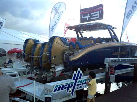 fast boats fort lauderdale speed boat insanity at fort lauderdale more powerful