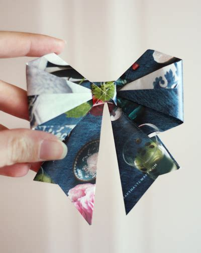 make origami bows from magazine pages how about orange