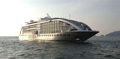 casino boat london sunborn yacht hotel a 142 meter floating hotel planned