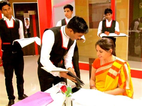 Bba Mba Hotel Management Institute Rohini Uei Global Delhi 110085 by Best Mba Colleges Jaipur Top List Mba Institute Jaipur