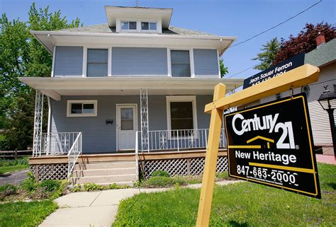 foreclosure rate of homes for sale in chicago suburbs