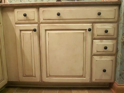 Finishes For Kitchen Cabinets Glaze Finish Cabinets Bar Cabinet